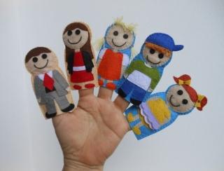 Family Finger Puppet Set